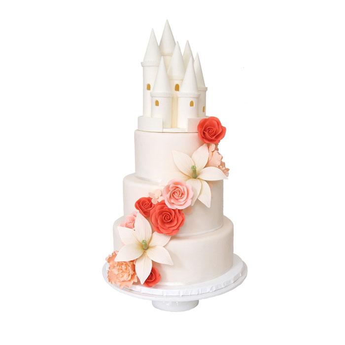 Sugar Castle || Sugarlips Cakes || www.SugarlipsCakes.com